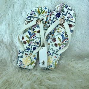 New Tory Burch flip flop sandals